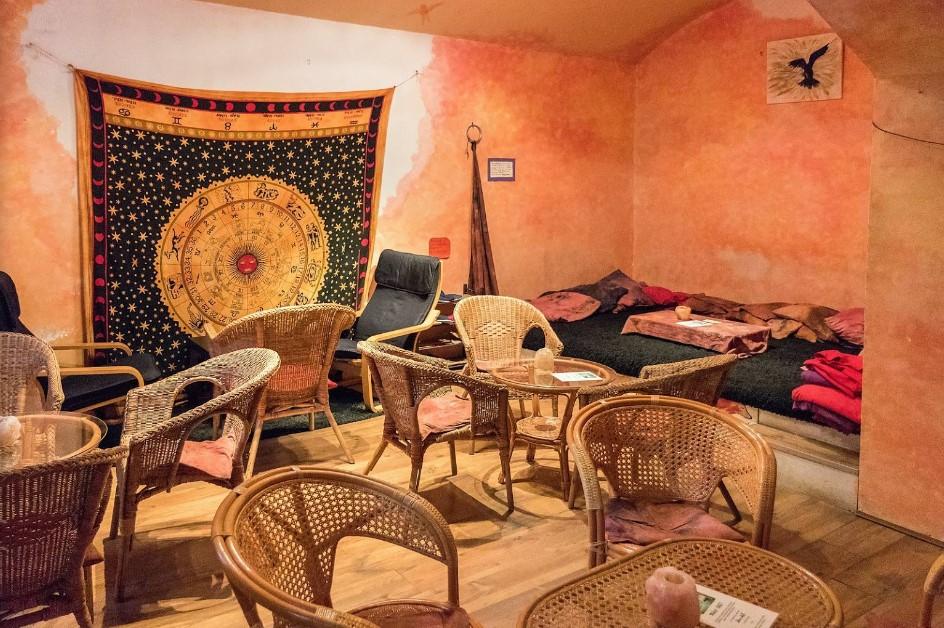 prostory zadní čajovny v Šamance
