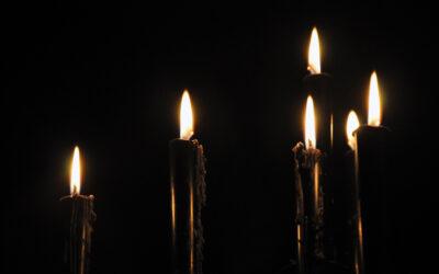 Rituál zvratné svíce zažehnání negativního vlivu s černou svící